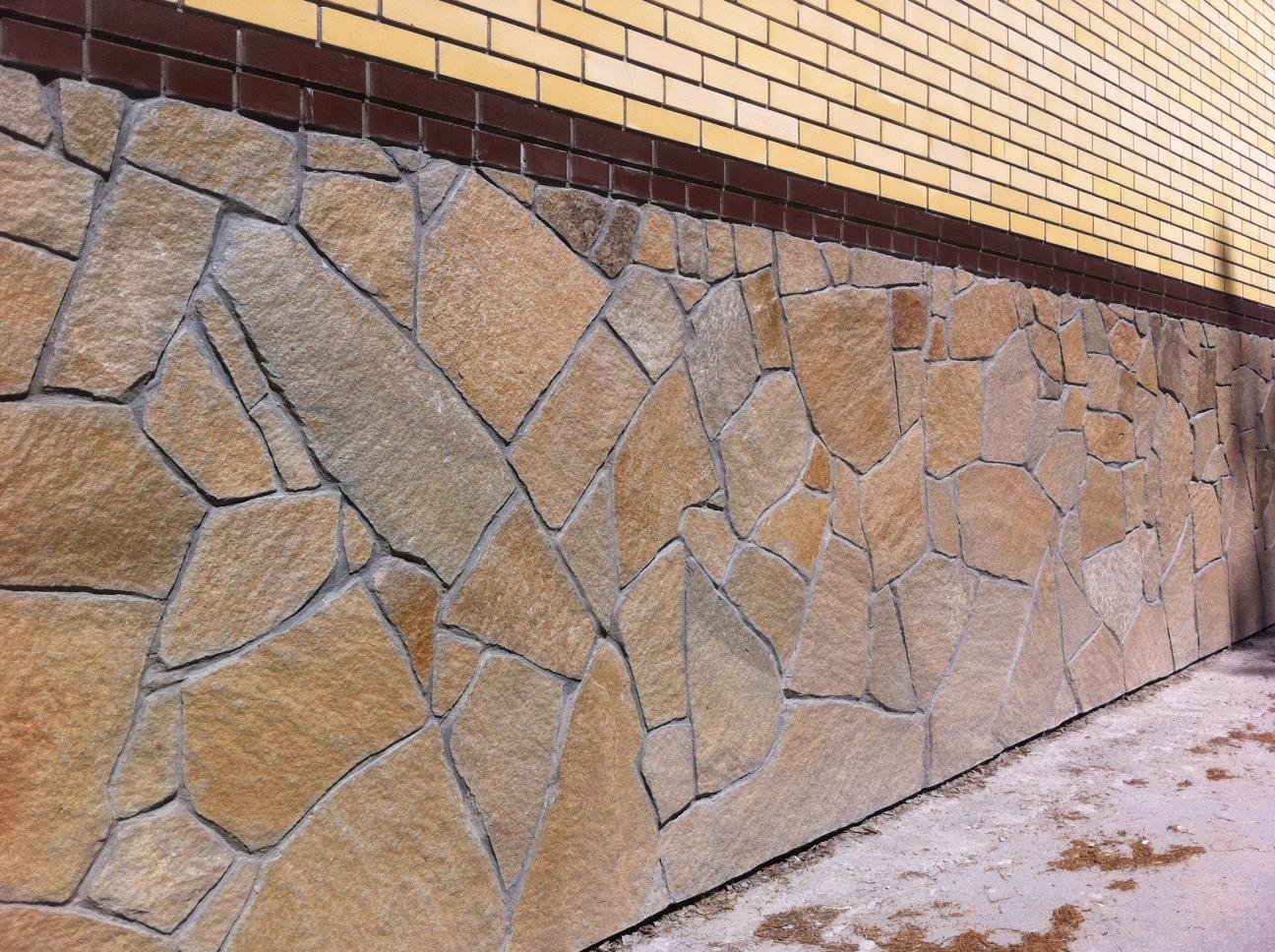 Облицовка фундамента из природного камня своими руками 38